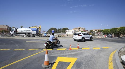 Abre al tráfico la rotonda entre El Puche y Los Molinos en su totalidad