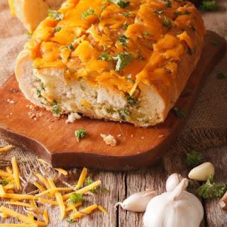 Savory Cheddar Garlic Bread