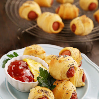 3-Ingredient Crescent Hot Dog Rollups