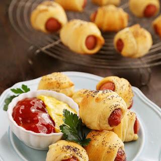3-Ingredient Crescent Hot Dog Rollups