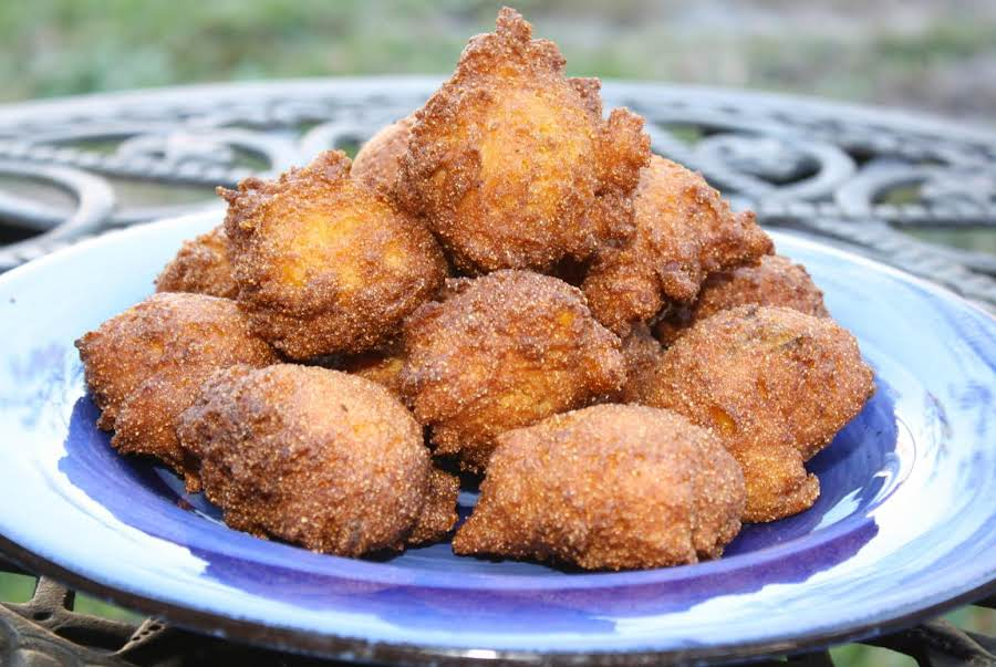 how to make hush puppies with cornmeal mix
