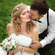 Wedding photographer Alena Pokidova (EkaPokidova). Photo of 13.08.2014