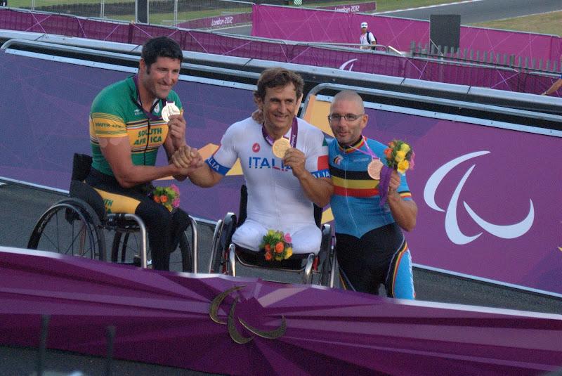 Photo: Medals! Alex Zanardi (G, ITA), Ernst van Dyk (S, RSA), Wim Decleir (B, BEL)