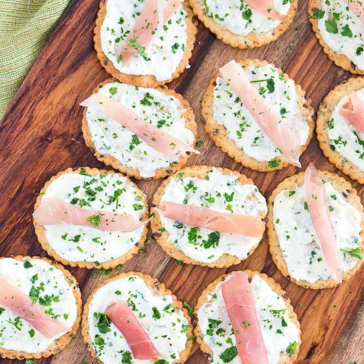 Ricotta and Prosciutto Cracker Appetizers Recipe