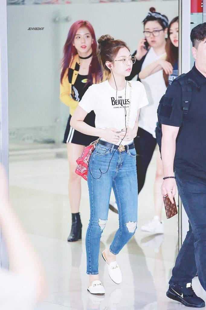 jen jeans 6