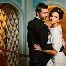 Wedding photographer Anton Chernov (phara). Photo of 18.04.2015