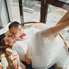 Wedding photographer Svetlana Shelankova (Svarovsky363). Photo of 31.07.2018