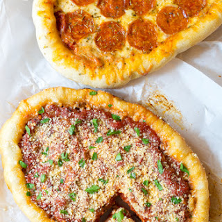 Slow Cooker Deep Dish Pizza (Chicago Style)