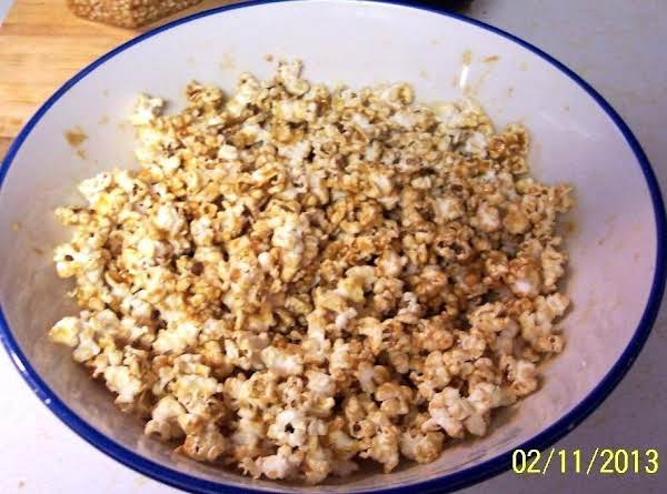 Carmel Peanut Butter  Pop-corn /w Spanish Peanuts
