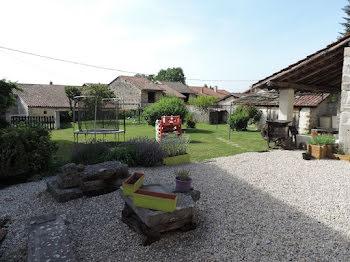 maison à Saint-Martin-du-Mont (01)