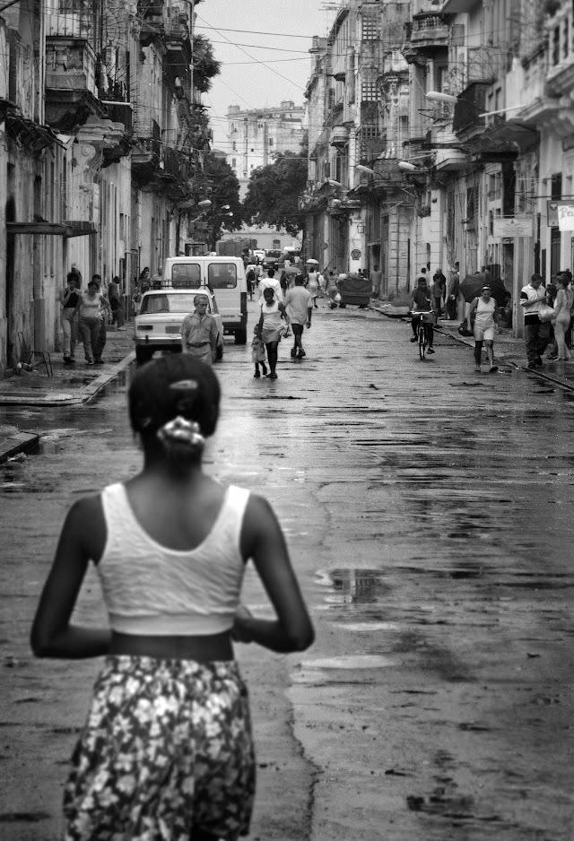 Fotografía de una de las calles de La Habana.