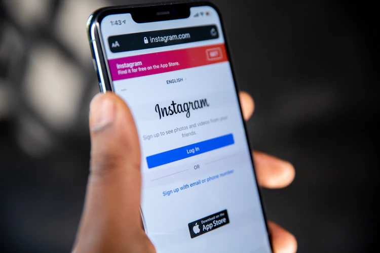 Thinking of making a Finsta? Read this first!