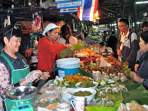 Photo: ready-made northern foods, Mae Hong Son market