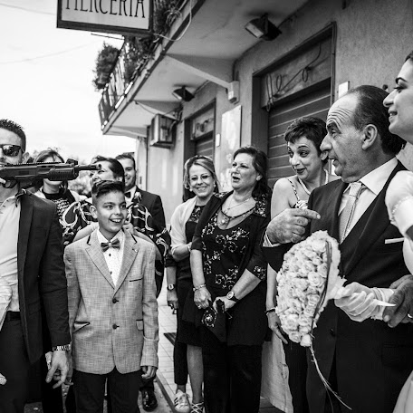 Fotógrafo de bodas Giuseppe Genovese (giuseppegenoves). Foto del 17.01.2018