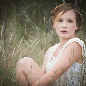 diam by Narelle Iphotography - People Fine Art