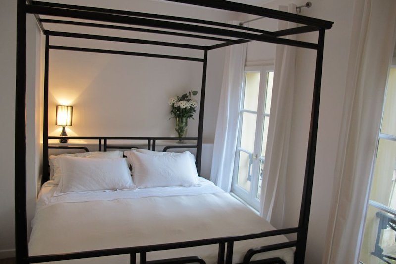 Double bed bedroom at 2 Bedroom Apartment in Marais Charlot