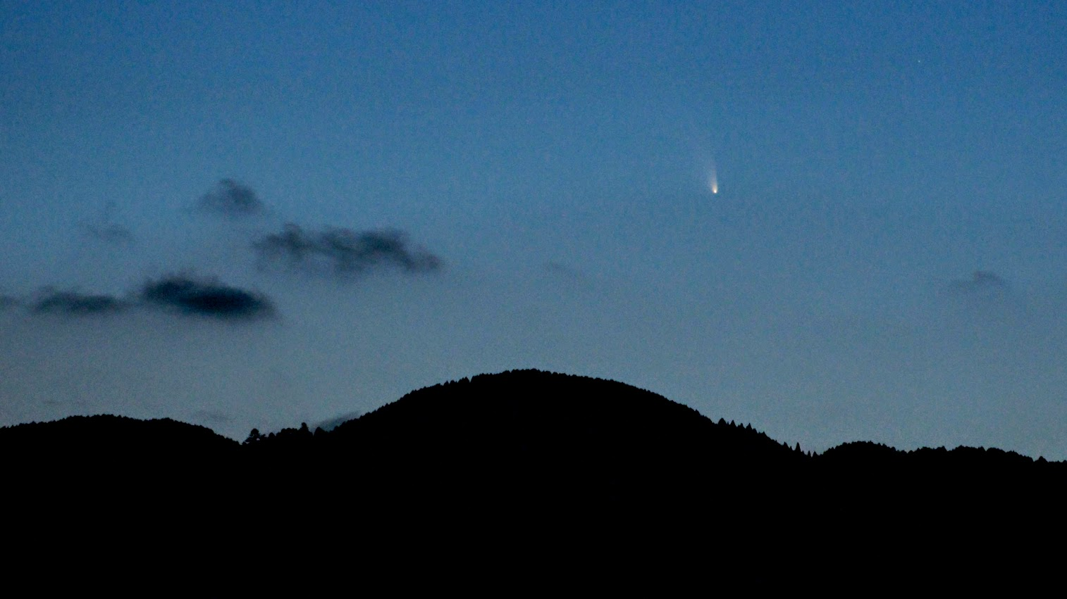 Comet Pan-STARRS (C/2011 L4) Setting Over Mt. Hiei