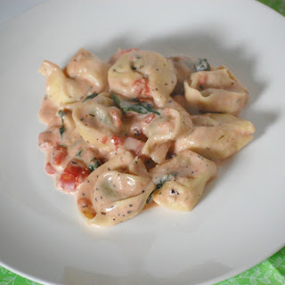 Creamy Spinach and Tortellini Recipe