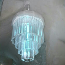 Photo: En el #hotel de #hielo de #Quebec hasta las lámparas son de hielo