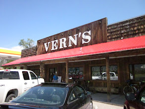 Photo: Returned Vern's at LaPorte. 60mile to go. I bought Ice and Ice Cream. I should eat something bat I couldn't.