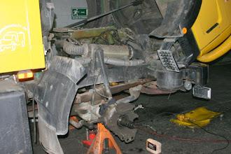 Photo: Die Bremsen werden repariert
