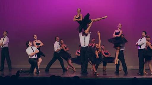 阿纳海姆芭蕾舞团 (Anaheim Ballet)