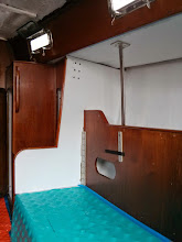 Photo: Pilotberth overhead and bulkhead painted white