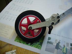 Photo: la roue avec les flasques qui etaient en peinture