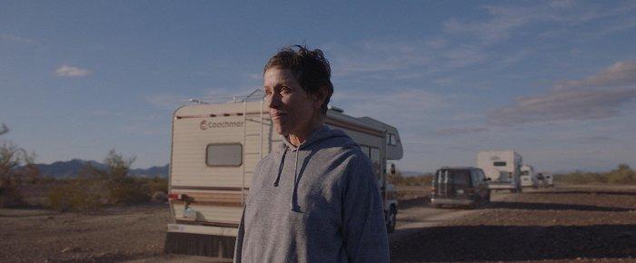 Země nomádů: Nomádské putování s Frances McDormand