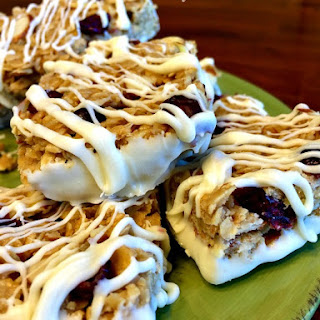 No Bake Cranberry Almond Granola Bars