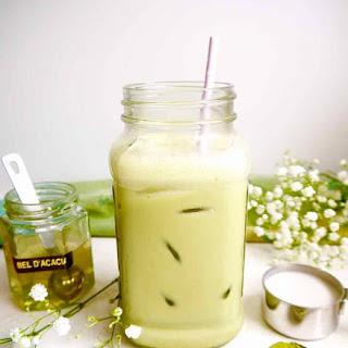 Iced Almond Milk Matcha Latte (Paleo, GF).