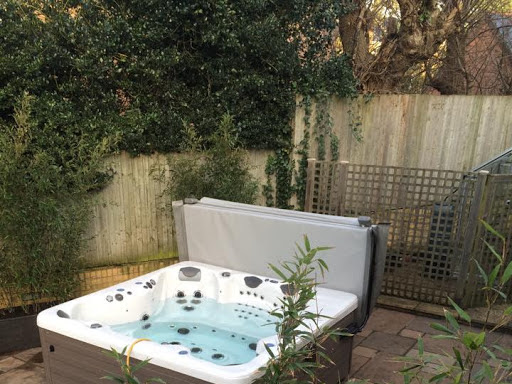Pools & Spas Windlesham on Google