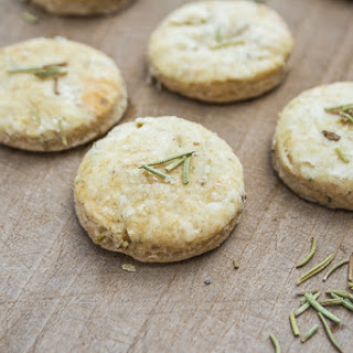 Rosemary Crackers with Sea Salt & Pepper