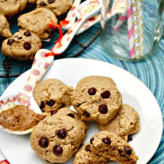 Almond Butter Cookies with Chocolate Chips - Flourless.