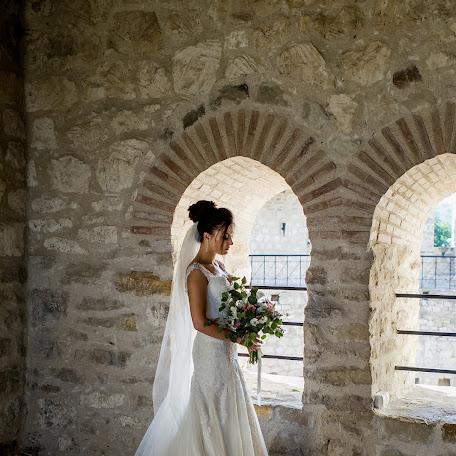 Wedding photographer Ana Robu (anuska422). Photo of 26.12.2017