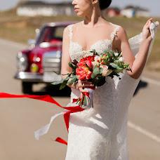 Wedding photographer Alena Ishina (colnce). Photo of 03.07.2017
