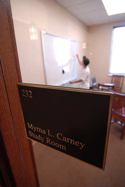 Photo: Myma L. Carney Study Room. Some study rooms have smart boards and projectors to hook up laptops.