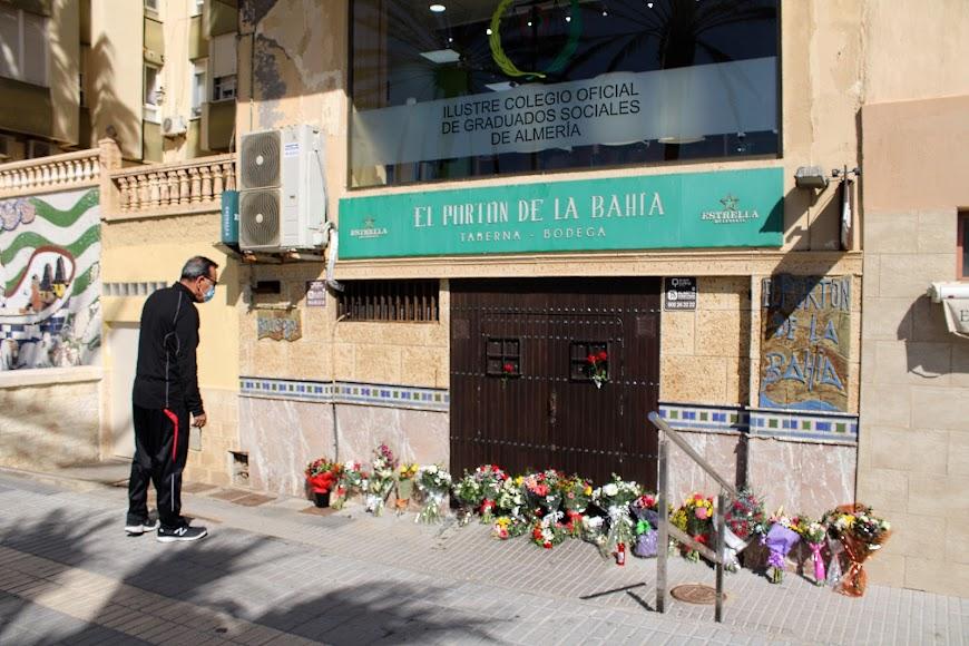 Homenaje al presidente de Ashal de los almerienses por su fallecimiento.