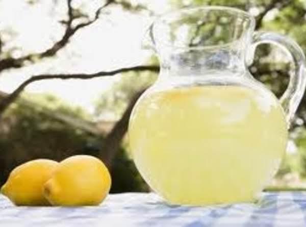 Lavender & Honey Lemonade