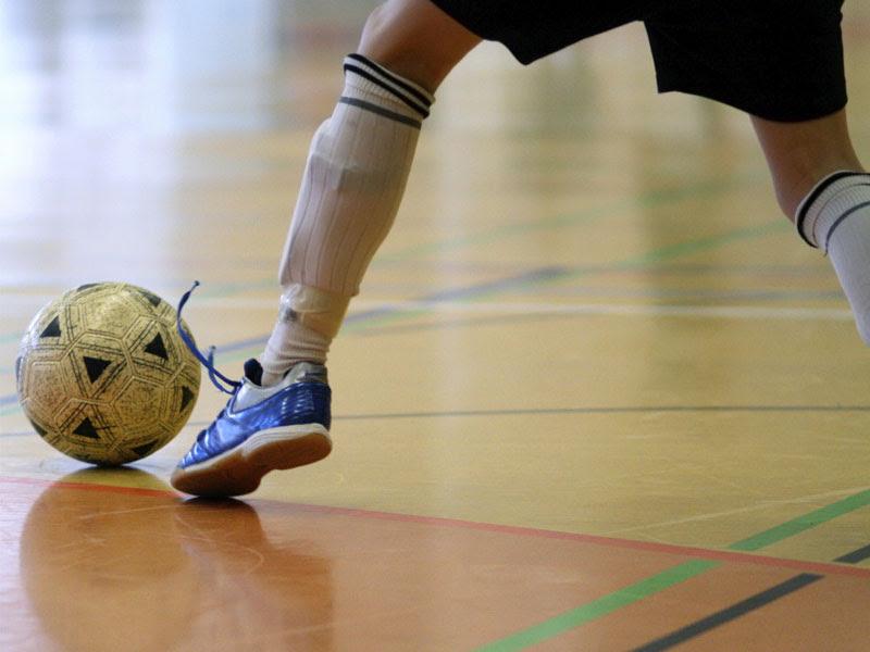 Memperhatikan tipe bladder. Bladder pada bola futsal terbaik adalah bagian  ... 2707753cf7aca