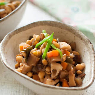 Gomoku-mame (Simmered Soybeans with Vegetables).