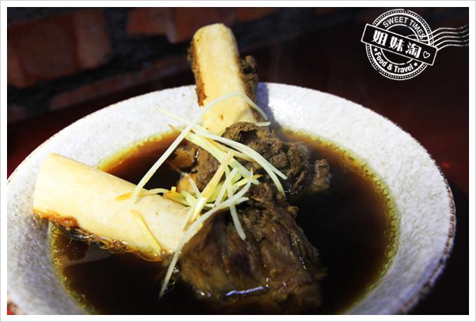 京城羊肉當歸大骨湯