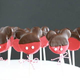 Mickey Mouse Oreo Pops.