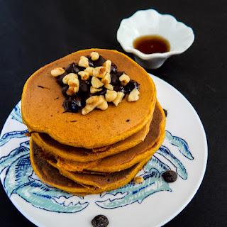 Healthy Pumpkin Pie Protein Pancakes
