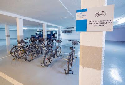 THE HOTEL - Bikes
