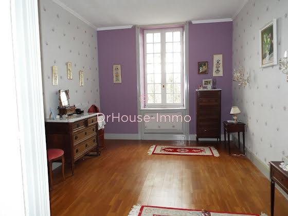 Vente maison 12 pièces 377 m2