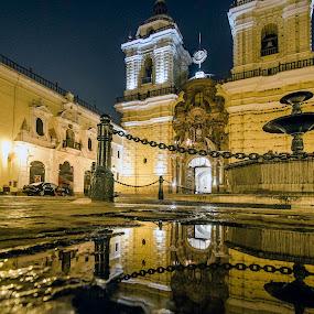 Iglesia de San Francisco Lima by Fico Stein Montagne - Buildings & Architecture Places of Worship ( water, reflection, reflejo, church, iglesia, night shot, san francisco, nikon d7000,  )