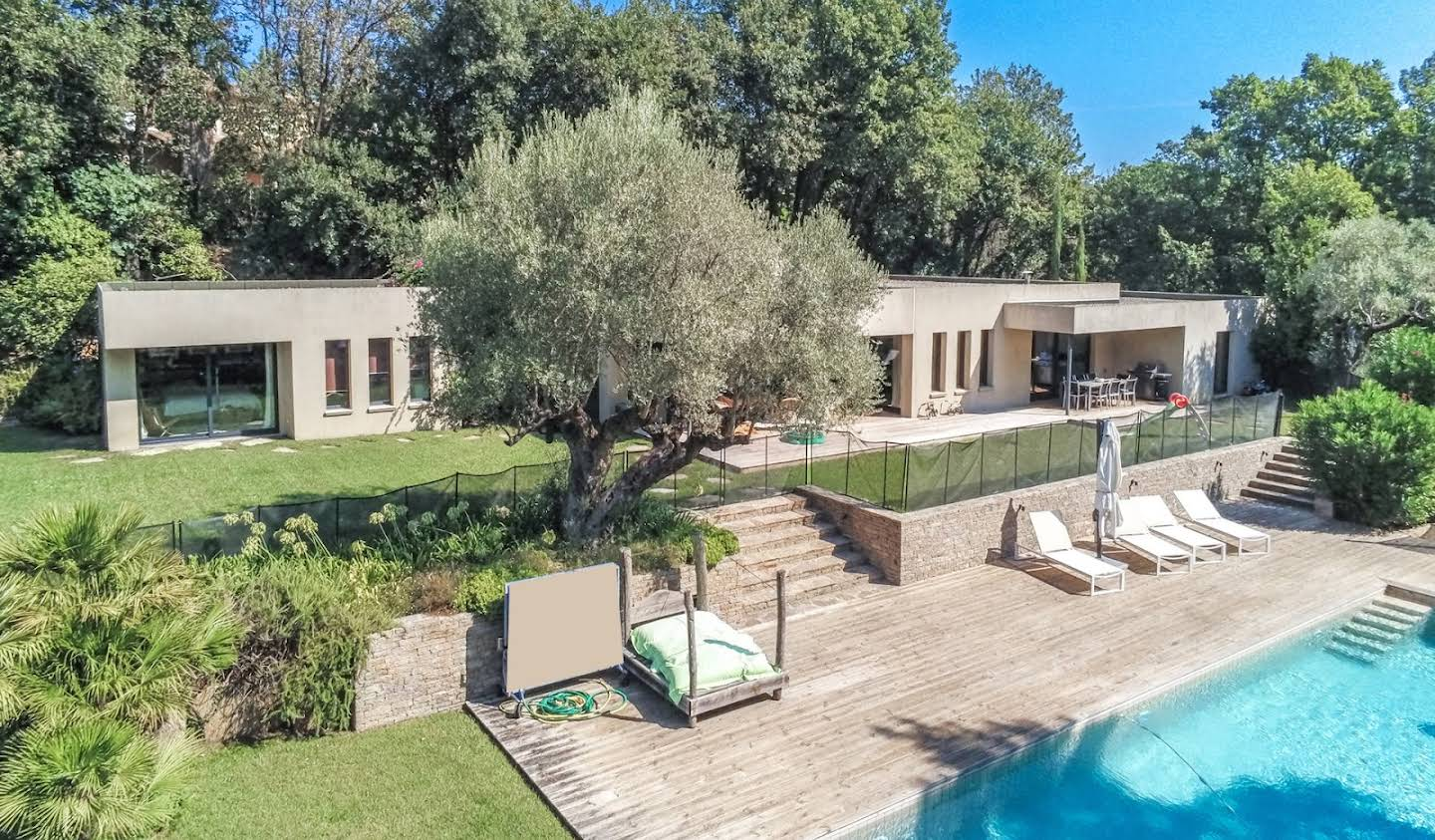 House with pool Grimaud