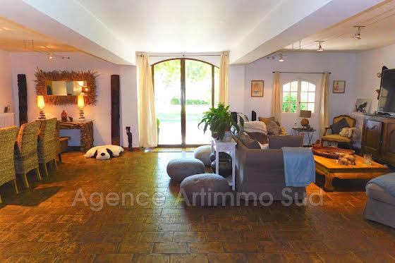 Vente villa 10 pièces 650 m2