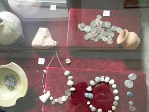 Photo: ожерелья и монеты маджарского периода